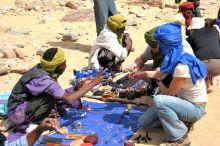 Traders at Arakao