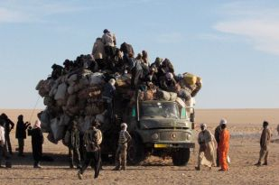 Seguedine: the bus to Libya