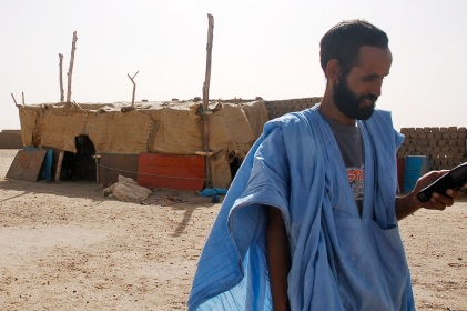 Bou testing out his new Thuraya
